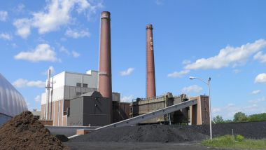 Power plant at Michigan State University. Photo by Michael P. Kube-McDowell. CC BY-SA 3.0 unported. Wikimedia Commons.